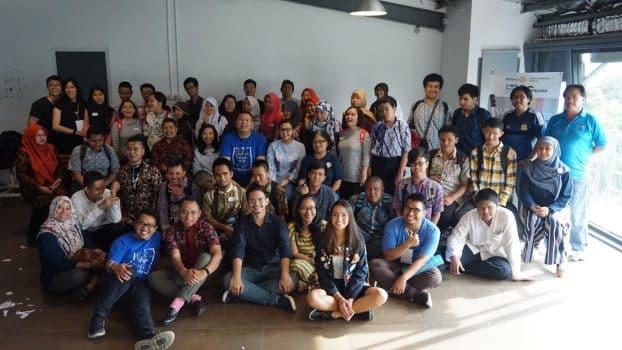 33 remaja tunanetra peserta self leadership training bersama rotary club jakarta dan pranala magni daya